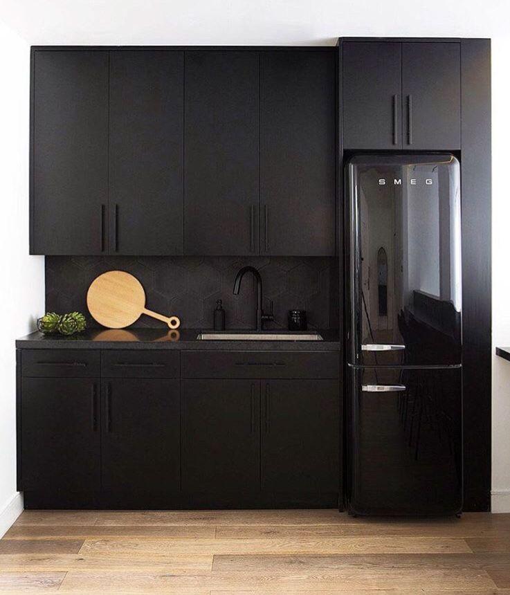 b l a c k e v e r y t h i n g interior design kitchen black kitchens black kitchen cabinets on r kitchen cabinets id=75025