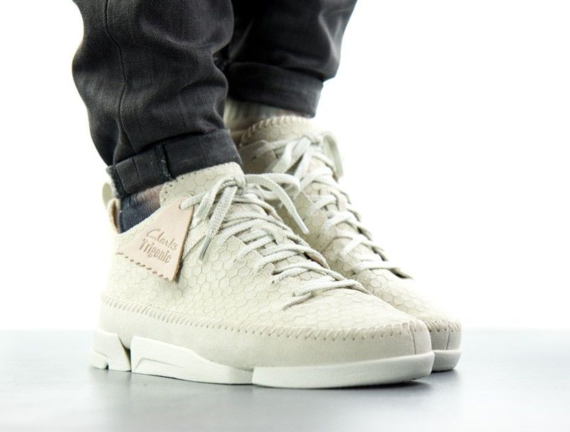 Clarks Originals Trigenic Flex off white on foot 2 | Kicks