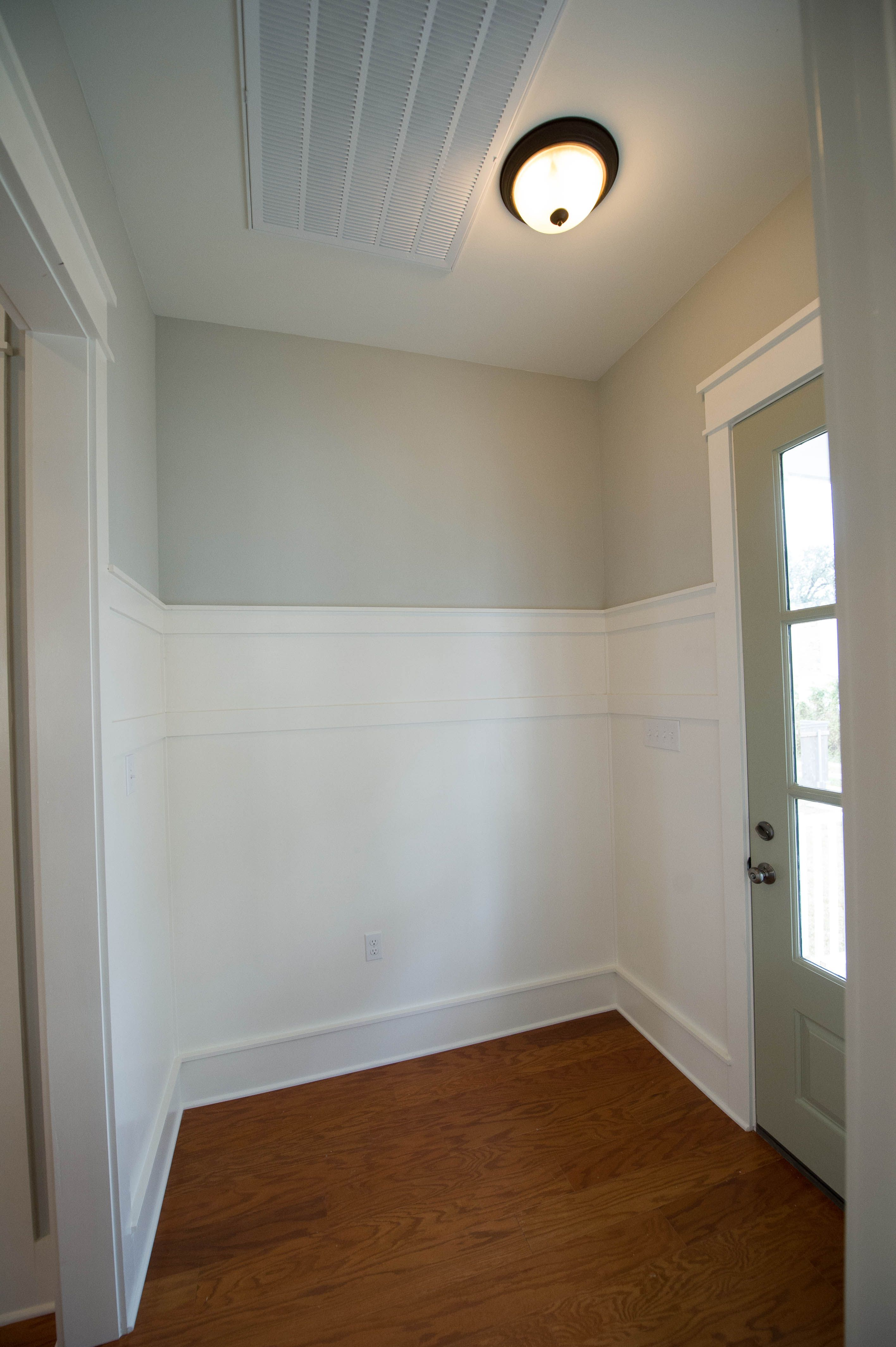 Mudroom Wall Wainscoting Woodwork And Trim Mudroom