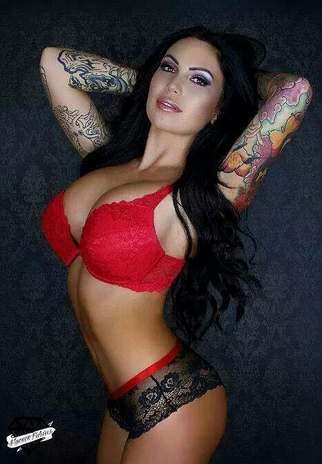 Topless Beautiful - Vanilla Babes