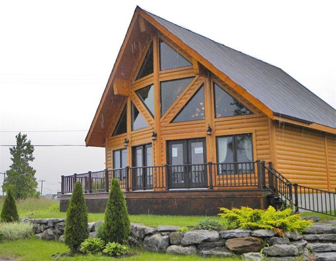 Maisons Neuves A Vendre Capitale Nationale Baie Saint Paul Maison De Bois Rond Environnementale I House Outside Design Cool House Designs House In The Woods
