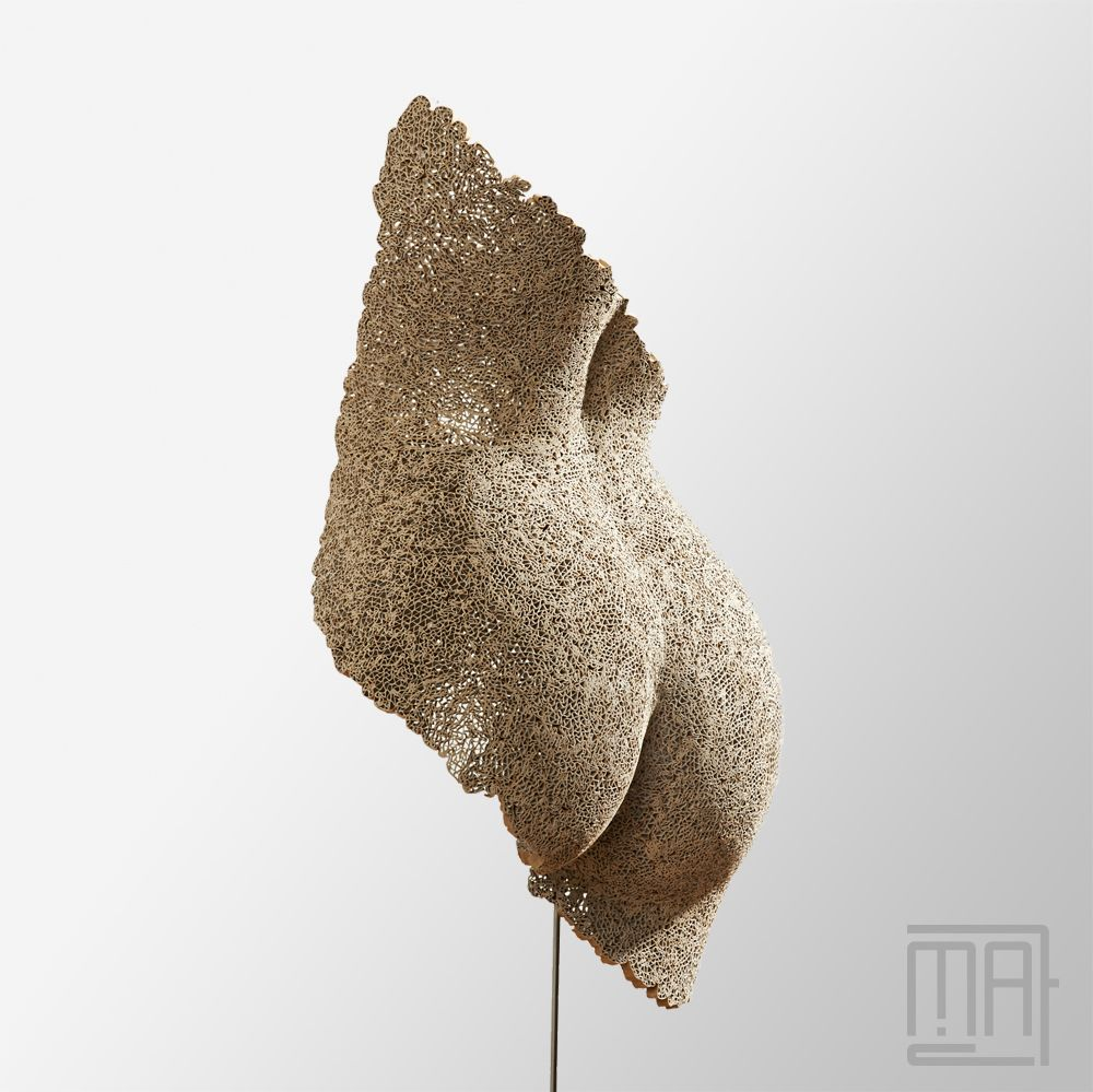 sculpture papier marie anne thieffry erell sculpture en carton dentelle cardboard paper. Black Bedroom Furniture Sets. Home Design Ideas