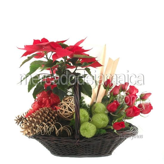 Canasta de navidad con rosas rojas arreglos navide os - Centros florales navidenos ...
