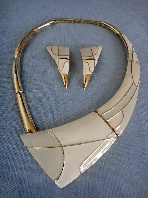 Superb TRIFARI Signed ART DECO Huge Bib Collar Necklace & Earrings Set Kunio Matsumoto Era Enamel Gold Metal Mid Century Danish Vintage Rare