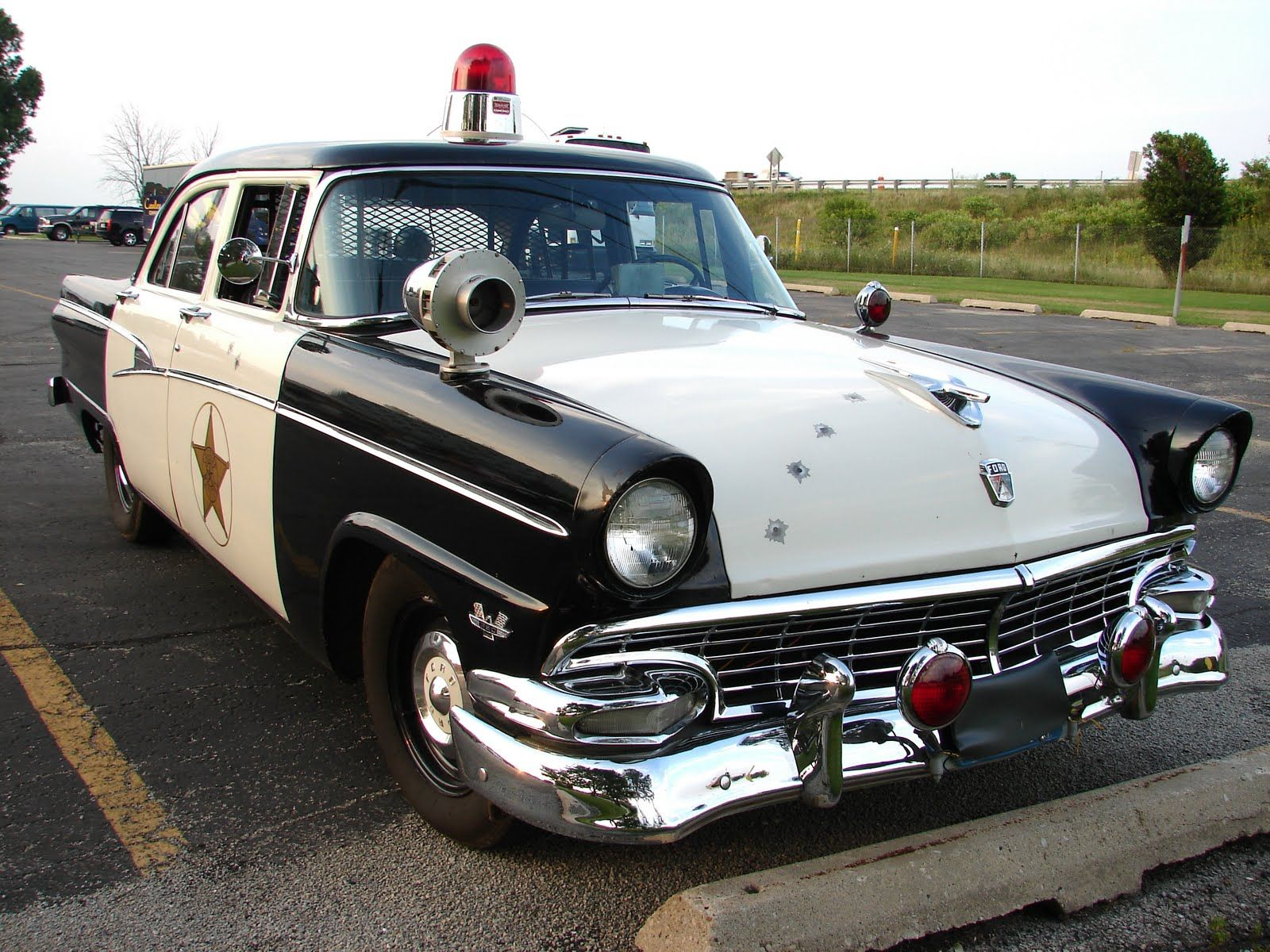 Old Police Cop Car | vintage police cars | Outstanding Officers ...