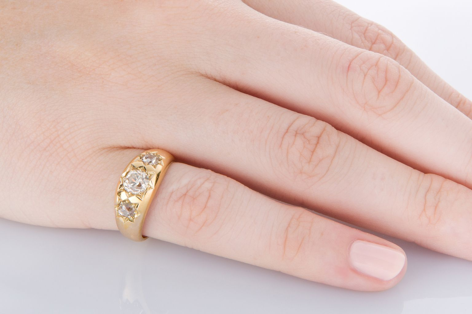 Fabulous antique diamond ring with 0.80cts of old cut diamonds ...