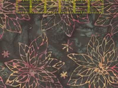 Evergreen (894) Hoffman Bali Poinsettia