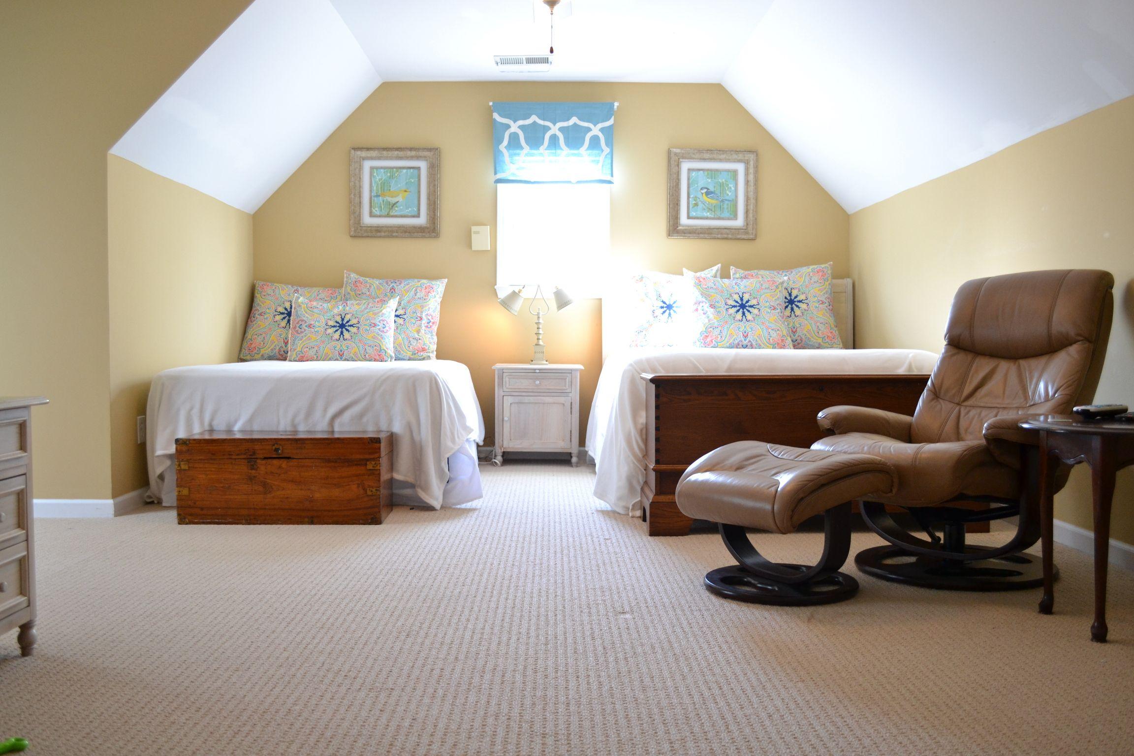 EWI Bonus room bedroom