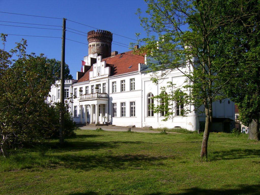 Panoramio - Photo of Wrodow,Schloss Wrodow.09-05-2009.