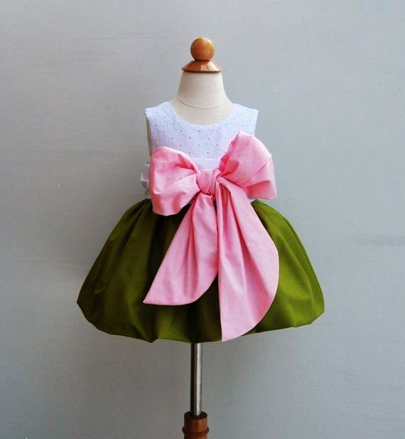 Flower Girls Dress With Large Bow Bash by KKchildrendesigns ...