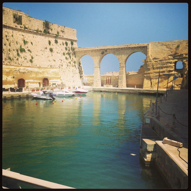 Vittoriosa Malta - Love And Gozo In