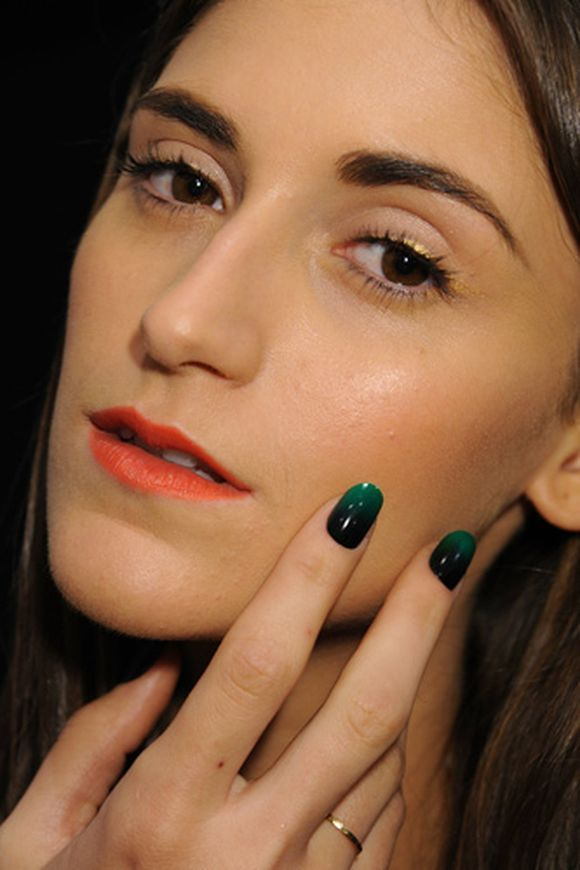 Color-Block-Nail-Design-23.jpg 580×870 pixels | Runway Makeup, Hair ...
