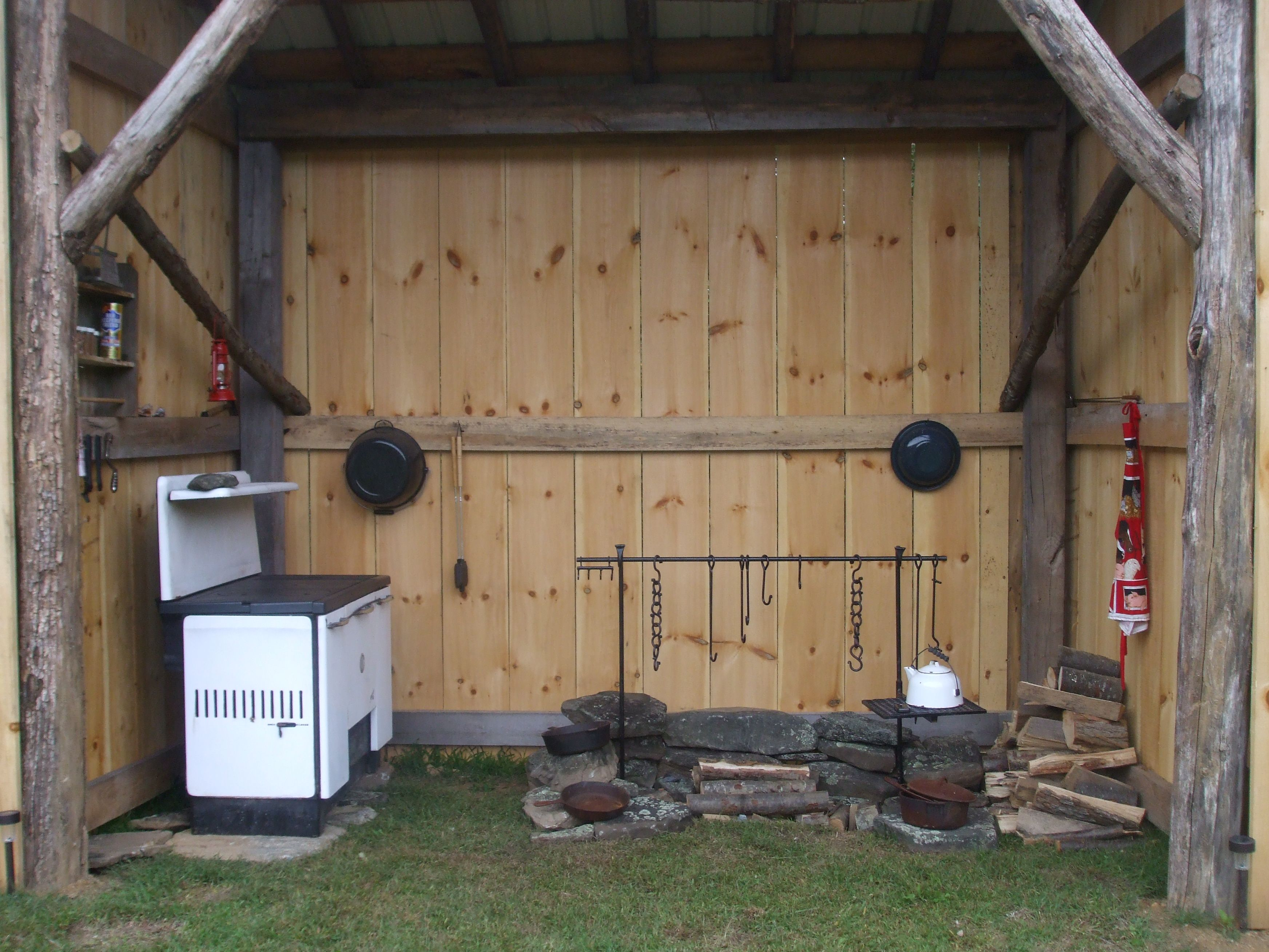 Outside Cooking Shed Cookshed Pinterest Small Log