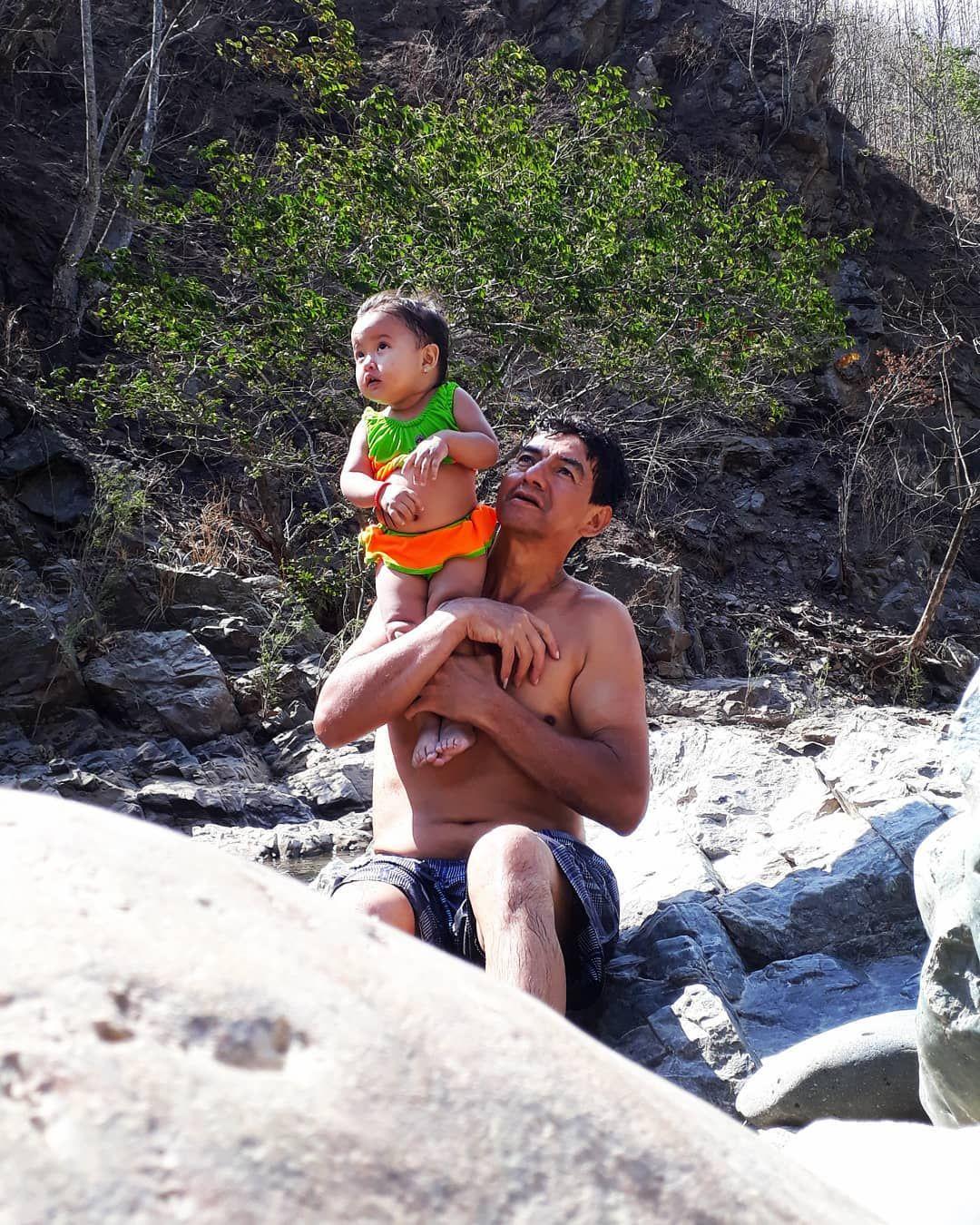 👑Papá❤  #DiosEresPerfecto👑 #inquebrantables #ecuador 😍😍😍😍😍😍😍😍😍😍😍😍😍😍😍😍😍😍 ♡♡♡♡♡♡♡♡♡♡♡♡♡♡♡♡♡♡♡♡♡♡ #dioseresperfecto #siemprejuntos❤ #Photography #Love #Instagood #Photooftheday #Beautiful #Happy #Art #Picoftheday #tbt #cute #Like4like #me #Instalike #Smile #amor #frasesdeamor #frases #frasesbonitas #amores #latinos #earthfocus #EcuadorEnTusOjos #SoutAmerica #AllYouNeedIsEcuador #America