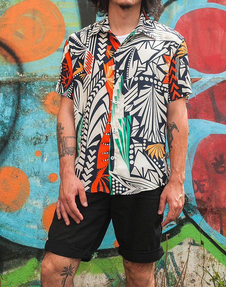 Camisa Estampada Acqua. TricTric Camisas Masculinas  Um Mar de Estampas Em  Edições Limitadas! Frete Grátis a partir de R 300 731c9e07974