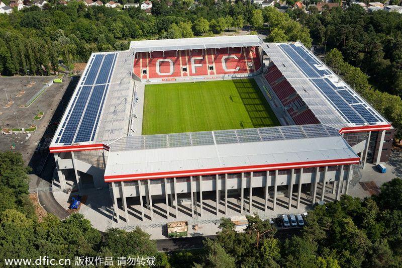 Sparda Bank Hessen Stadion Offenbach Am Main Alemania Capacidad 20 500 Espectadores Equipo Local Kickers Offenb Kickers Offenbach Offenbach Am Main Stadion