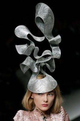 Wearable Art - sculptural hat with curved 3D contours  dramatic headpiece     Philip Treacy 2a20751c124