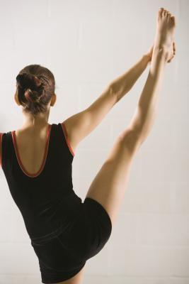 hip stretches for runners  gymnastics workout gymnastics