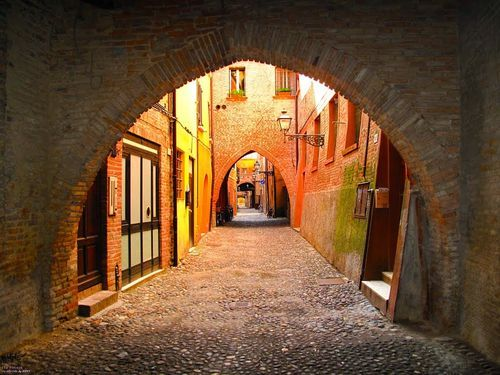 2 medieval cities you shouldn't miss in central Italy