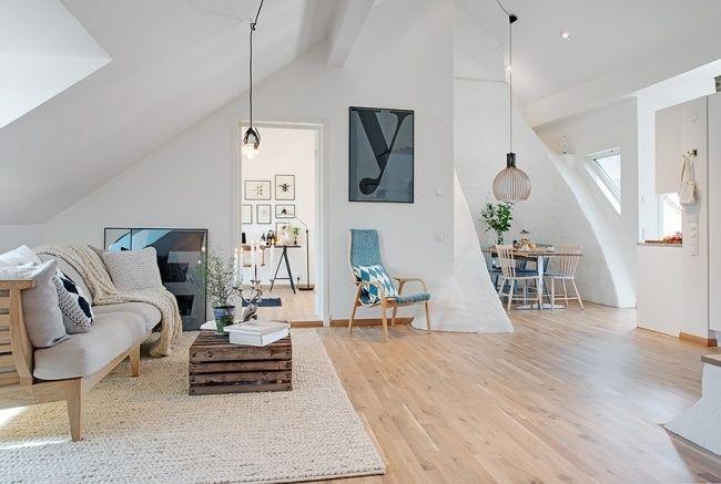 dachwohnung skandinavischer stil holzmöbel neutrale farben | 1 ...
