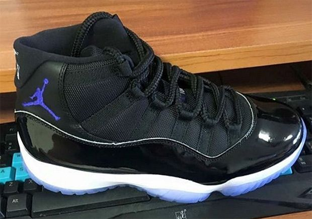 """online store 58f5c ab27a The Air Jordan 11 """"Space Jam"""" is set to make a return this December, and  today we get the best look yet at what s shaping up to be one of the best  ..."""
