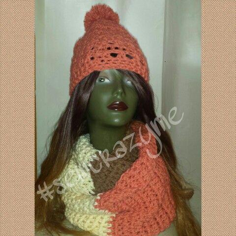 Pom pom hat with Infinity scarves♡