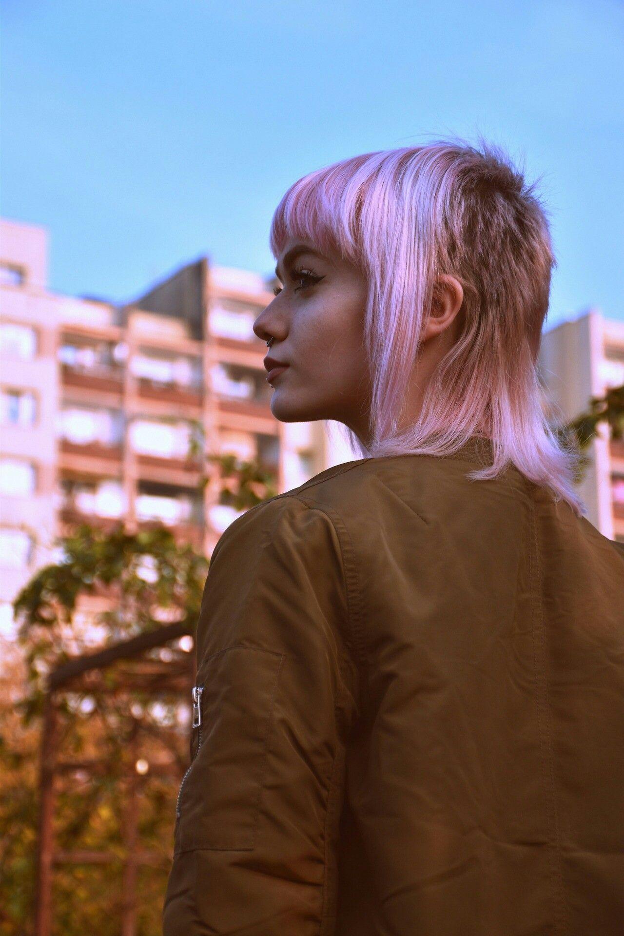 via tumblr | byrds | mullet hairstyle, punk girl hair, punk