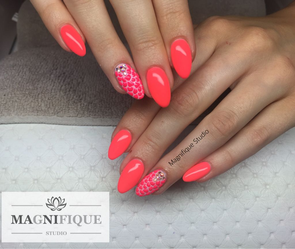 Neon nails Pink Sommer nails Swarovski 3d design | nails | Pinterest ...