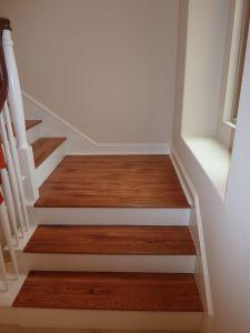 Good Laminate / White Stairs