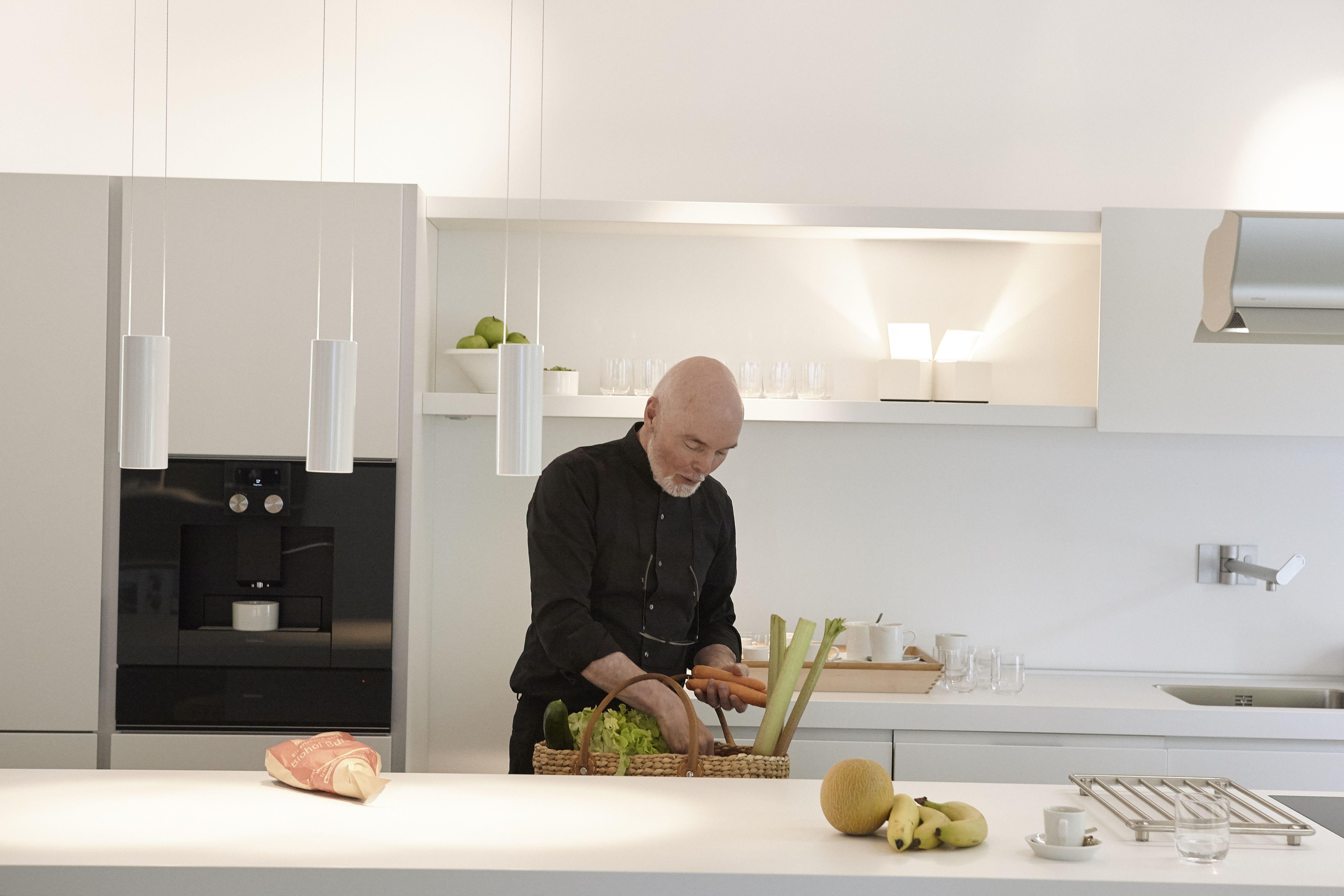 Für das Mittagessen ist gesorgt! Euch viel Freude beim Kochen #bulthaupblaserun…  – Küche