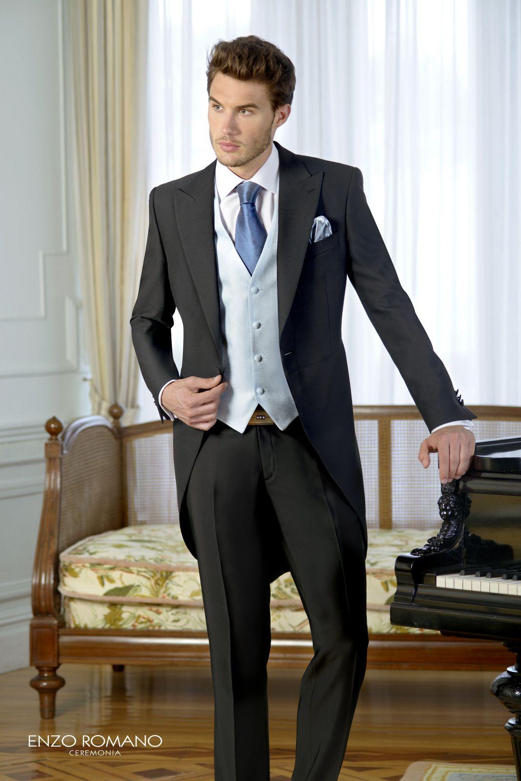 Chaqué de novio de la firma Enzo Romano. Disponible en tienda   www.sastrariacampfaso.es 138c68e3e2b