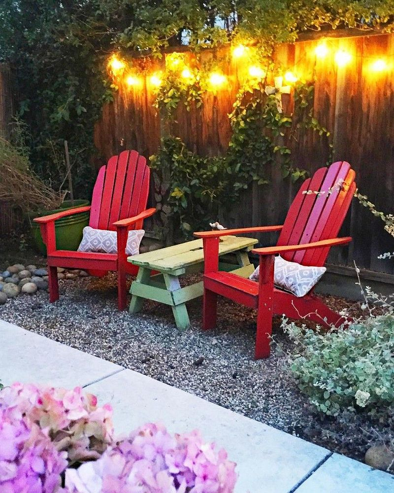 Awesome Small Space Patio For Garden Decorating Ideas 38