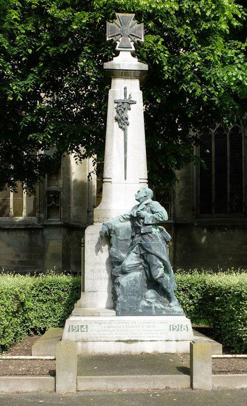 Monument aux morts – Ecoust-Saint-Mein, Nord-Pas-de-Calais