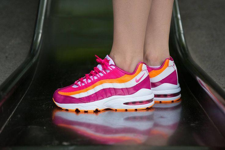 Trendy Womens Sneakers 2017/ 2018 : Nike Air Max 95 GS  Vivid Pink / Pink Pow  White  Bright Citrus