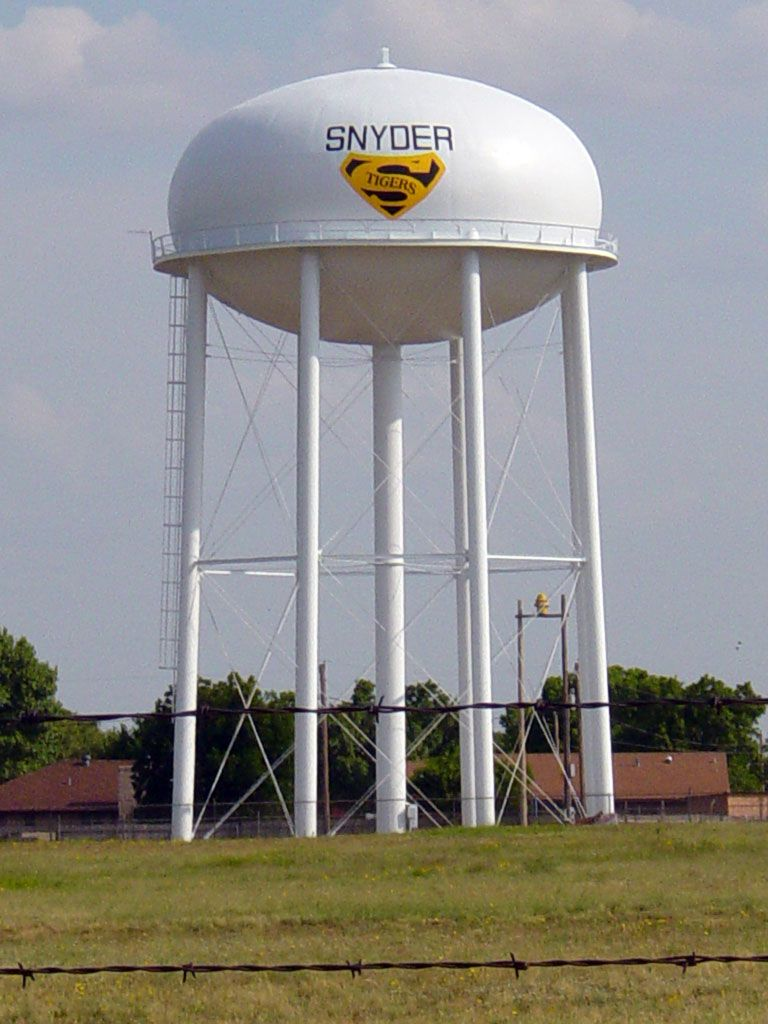 How do water towers work The water tower of Rozhnovsky 52