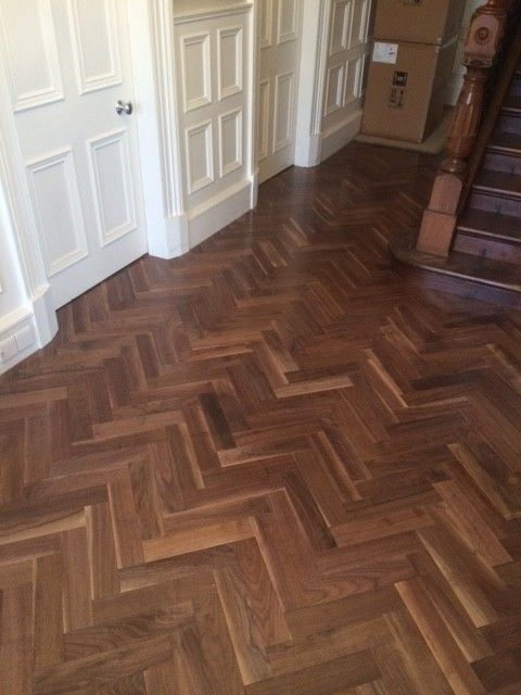 Engineered Wood Flooring Herringbone 184mm X 90mm Walnut