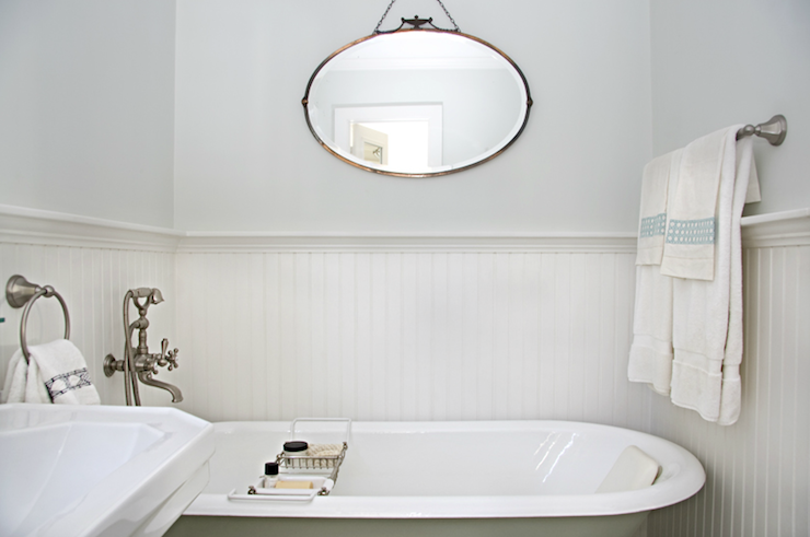 Gorgeous Vintage Bathroom With Silvery Gray Walls Paint Color