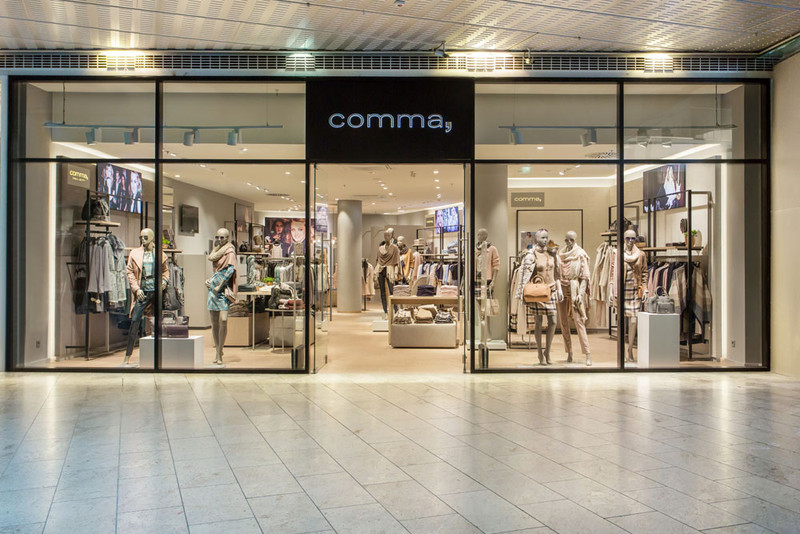 Comma Opened New Concept Store In Salzburg Please Find More Detailed Information And Every Day 50 100 New Store O Shop Front Design Store Design Store Opening