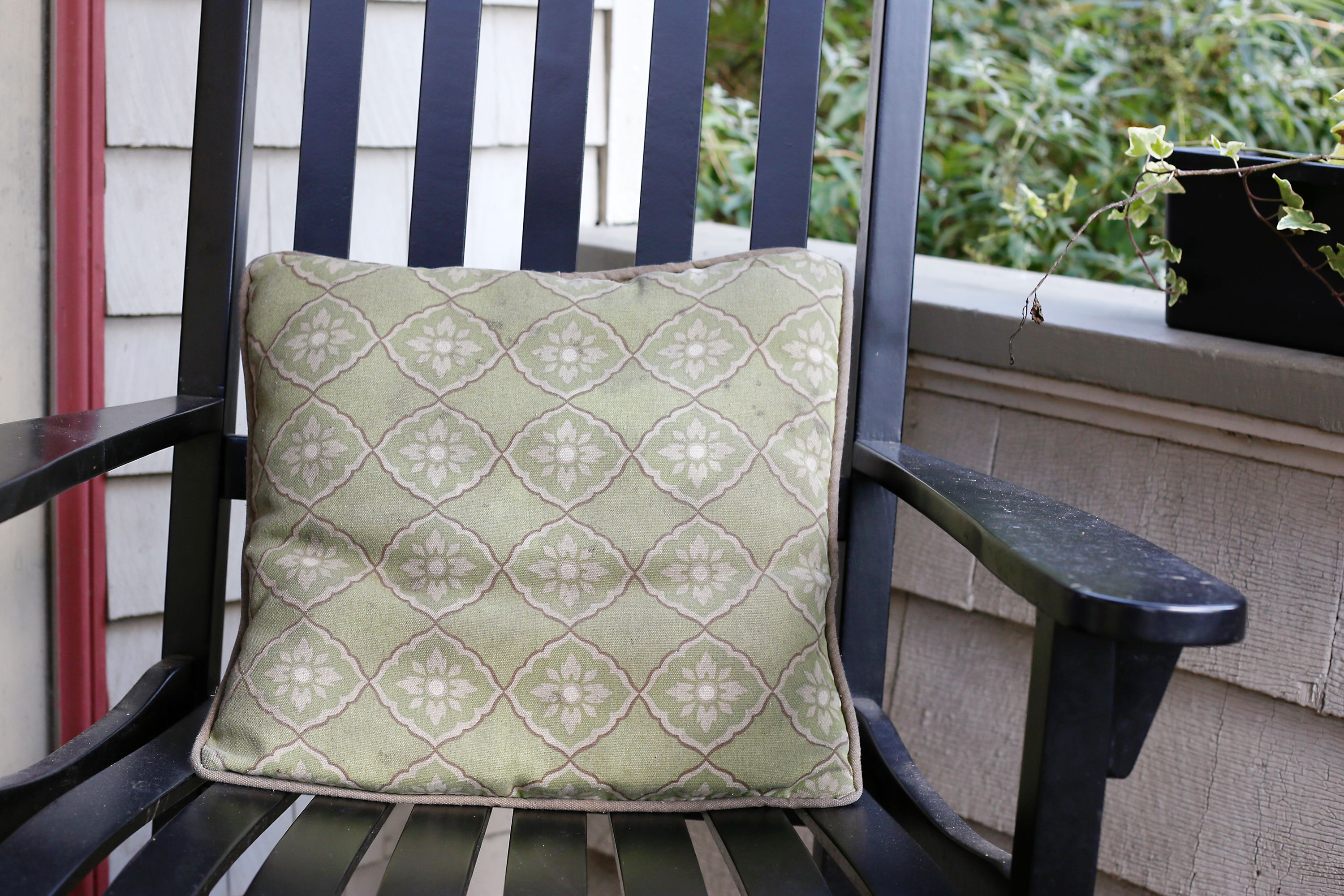 How To Get Rid Of Mildew In A Sofa Cushion I Like This Patio