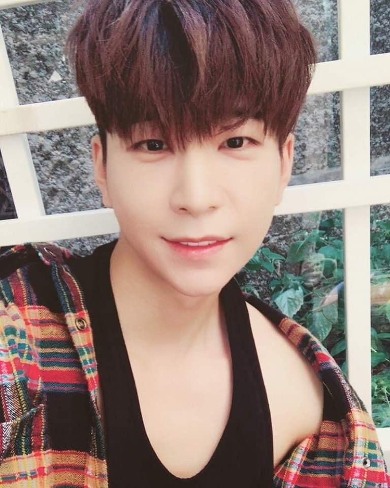 St Van Vav Leader Main Vocalist Kpop Idol Kpop Asian Celebrities