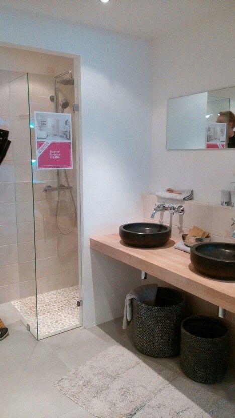 Brugman badkamer met losse wasbakken | Badkamer | Pinterest