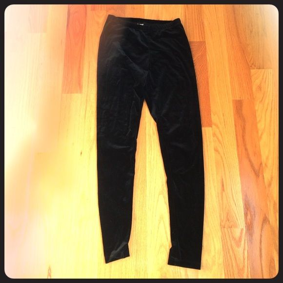 Velvet black leggings Black velvet leggings. Size s/m but fit like small Pants Leggings