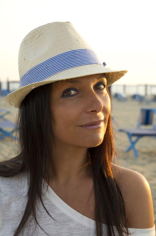 All shades of the sea - | Cappello di paglia, Cappelli, Style