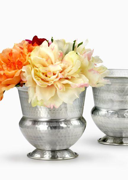 Hammered Silver Urn An Antique Silver Finish Adds To This Urn S Vintage Look Vase Vases For Sale Metal Vase