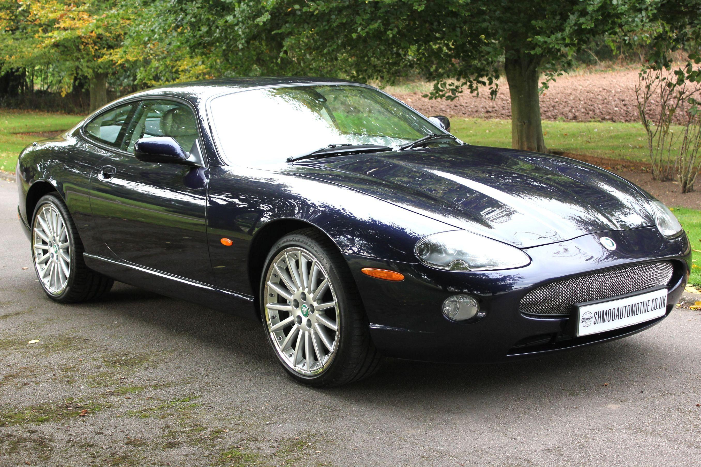 Jaguar XK8 4 2S Coupe - The last cars off the production