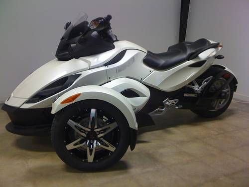 Canam Spyder Thought About Getting One Of These Until I Got My