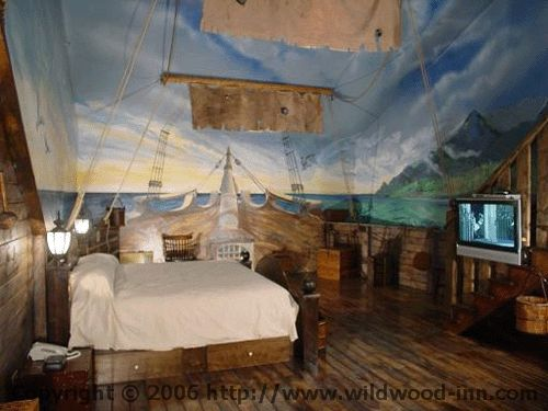 A pirate ship themed hotel room max 39 s room pinterest for Boys pirate bedroom ideas
