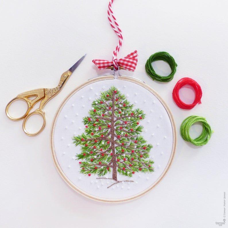 Christmas Tree Hand Embroidery Kit Winter Christmas Embroidery Christmas Diy Kit Diy Gift Christmas Hoop Art Christmas Decor Embroidery In 2020 Christmas Embroidery Christmas Diy Kit Hand Embroidery Kit