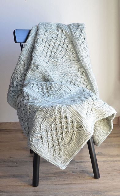 Easy] Free Pattern – Crochet Celtic Tiles Blanket | 1001 Crochet ...