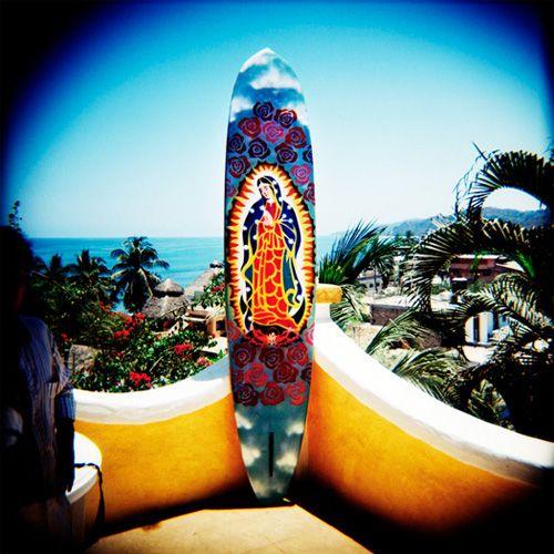 Postal de la preciosa localidad costera de #Sayulita, en donde turistas de todas las latitudes vienen a practicar #surf.